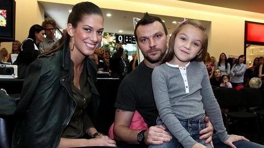 Aneta, Tomáš a Kačenka poprvé společně na veřejnosti.