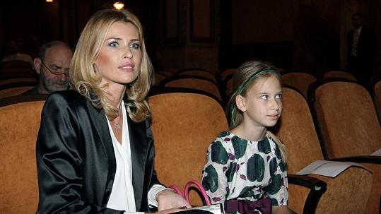 Ella je krásná po mamince Daniele.