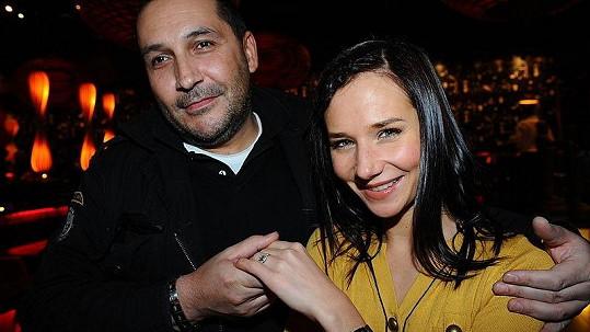 Herečka Sandra Nováková se zasnoubila s producentem Janem Nejedlým