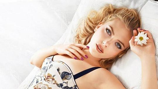 Scarlett Johansson má nového chlapa.