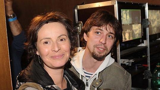 Lenka Vlasáková s přítelem Janem Dolanským.