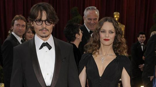 Paradis a Depp už netvoří pár.