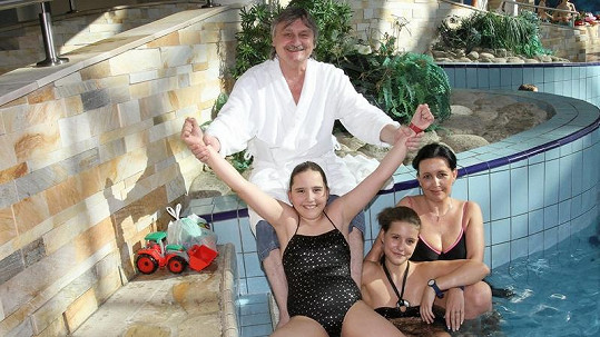 Pavel Soukup s rodinou.