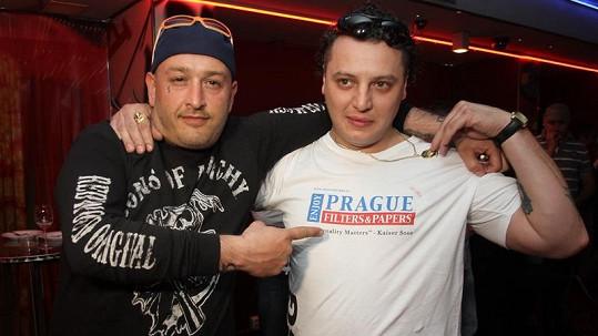 Jakub Mohamed Ali s Viktorem Weinrichem obviněným z pokusu o vraždu.