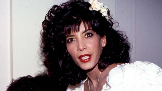 Půvabná sestra Sylvestera Stalloneho Tomi-Ann ve svůj svatební den.