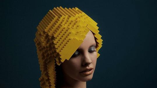 Paruky z LEGA: Blond varianta.