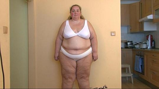 Zuzana se za svou váhu stydí.