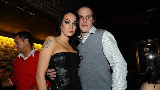 Mirek Dopita měl údajně napadnout muže, který chtěl fotit jeho přítelkyni.