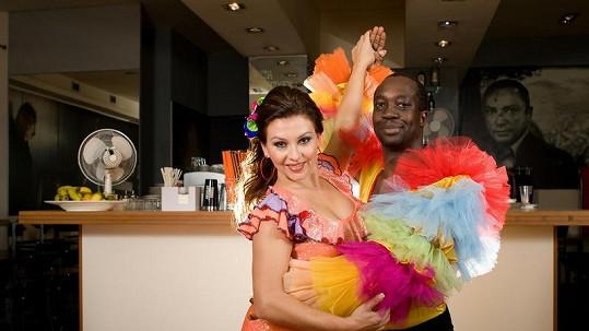 Dana se svým tanečníkem.