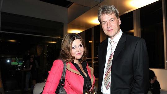 Ilona Csáková a její partner Radek Voneš.