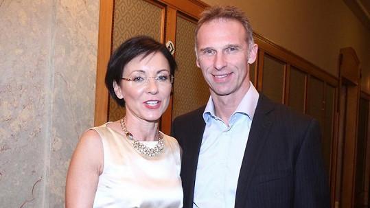 Dominik Hašek s Líbou Šmuclerovou se poprvé společně ukázali na veřejné akci.