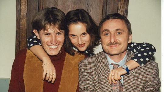 Renáta Dlouhá se svými bývalými kolegy ze Sportovních novin Pavlem Poulíčkem (vlevo) a Václavem Tittelbachem.