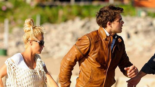 Katie Price se svým přítelem Leandrem Pennou v Argentině.