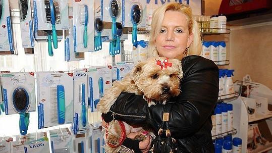 Hana Krampolová se kvůli krádeži stala hvězdou rádia.