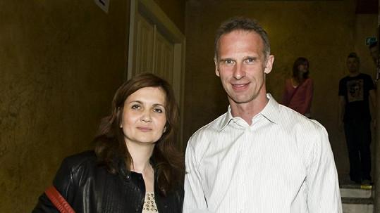 Dominik Hašek s manželkou Alenou, se kterou se rozvádí.