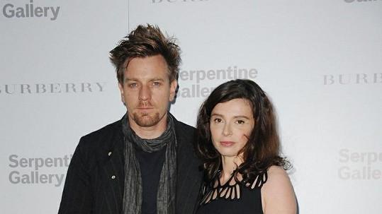 Ewan McGregor s manželkou.
