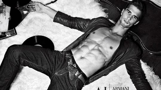 Tomáš Školoudík je hvězdou světového modelingu.