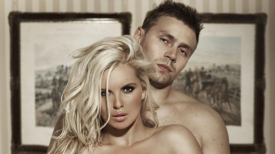 Kateřina Kristelová s manželem Martinem Tůmou.