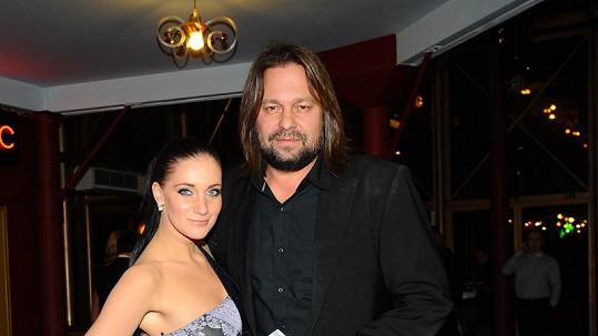 Jiří Pomeje s přítelkyní již popáté letos vyprodali Lucernu.
