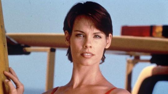 Alexandra Paul jako Stephanie v Pobřežní hlídce