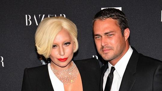 Lady Gaga se snoubencem Taylorem Kinneym