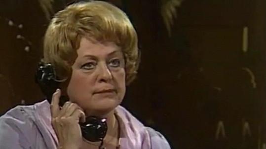 S diváky se Vlasta Matulová rozloučila jako Pavla Krausová ve slavné inscenaci Kočičí hra v roce 1982.