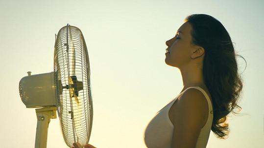Brzy přijdou tropy, tak se připravte a pořiďte si taky klimatizaci.