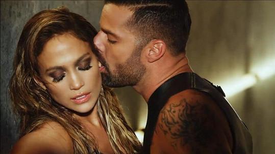 Jennifer Lopez to rozjela s Ricky Martinem.