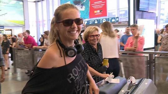 Lucie Vondráčková je zpátky doma.