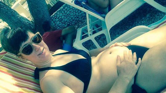 Monika Trávníčková relaxuje na dovolené v Chorvatsku.