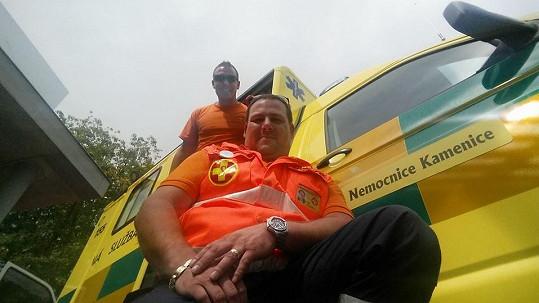 Michal Milbauer hraje v Ordinaci, ale pracuje i jako záchranář.