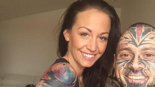 Agáta s novým tetováním