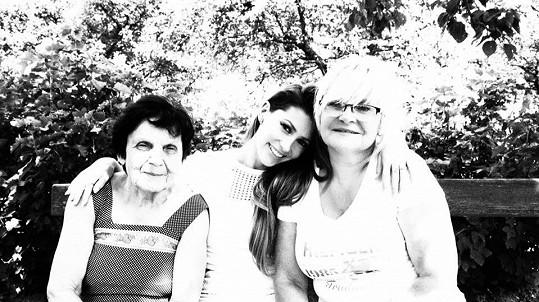 Tereza Kerndlová s rodinou