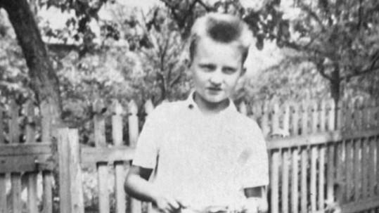 Kdo je ten kluk na fotce?