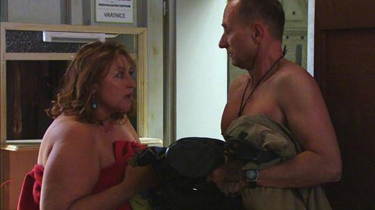 Halina si střihne postelovou scénu s Josefem Cardou.
