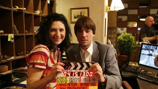 Martha Issová a Václav Neužil budou hlavními hvězdami nového sitcomu.