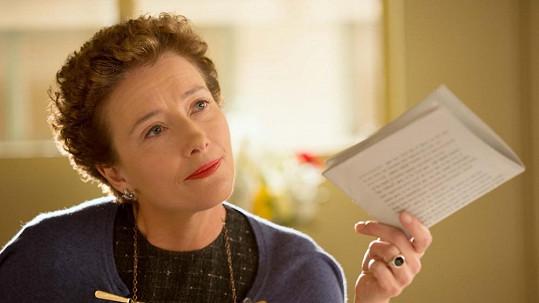 Emma Thompson v roli Pamely L. Travers