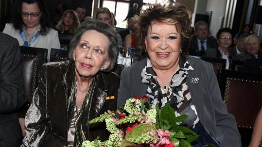 Jiřina Jirásková a Jiřina Bohdalová na archivním snímku.