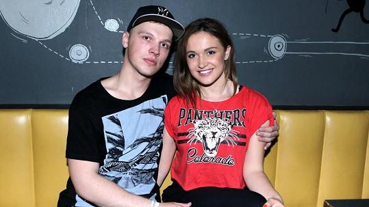 Livie Kuchařová a její přítel Viktor jsou krásný pár.