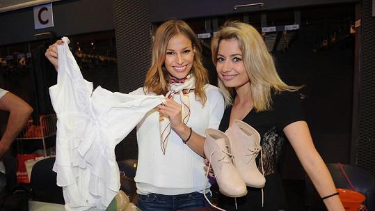 Petra Svoboda a Kateřina Němcová prodávaly hodně intimní kousky garderoby.