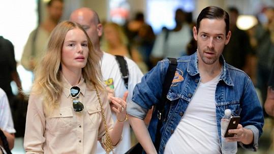 Kate Bosworth s Michaelem Polishem už jsou svoji.