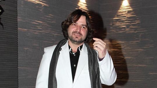Zdeněk Macura má kontakty s velmi podivnými rappery.