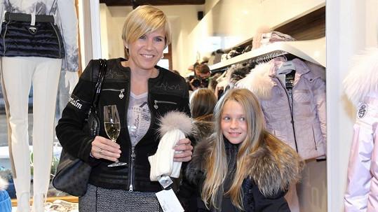 Kateřina Neumannová s dcerou Lucinkou.