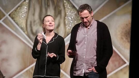 Linda Rybová a Igor Chmela si společně zahráli v divadelní hře.