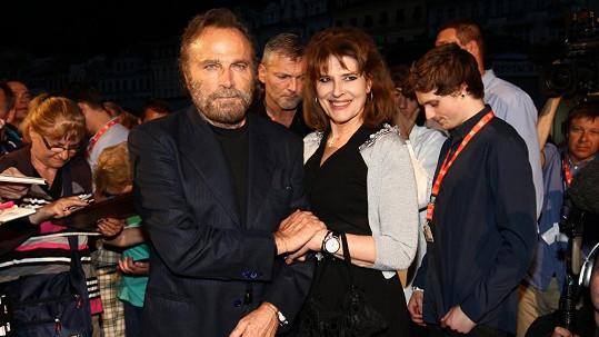 Franco Nero s Fanny Ardantovou na karlovarském festivalu