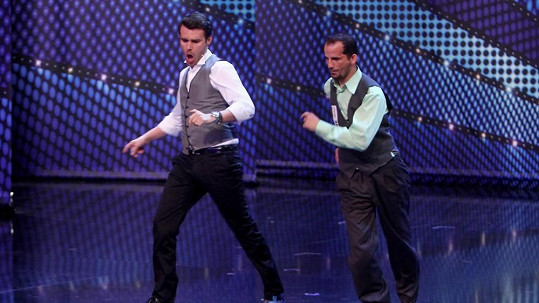 Leoš Mareš tančit umí.