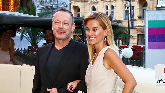Michal Dvořák s partnerkou Luccou