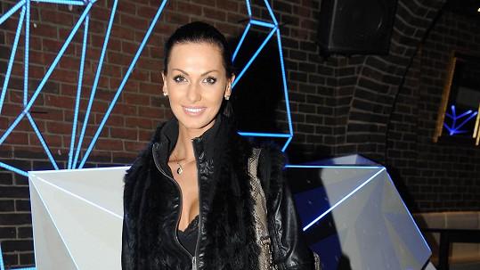 Eliška Bučková prý přibrala deset kilo.