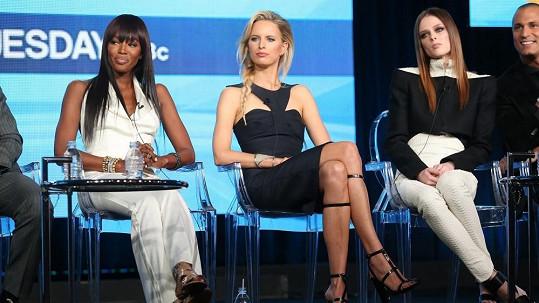 S Naomi Campbell se nepohodly Karolína Kurková a Coco Rocha (vpravo).