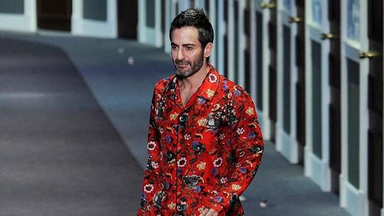 Marc Jacobs v závěru přehlídky Louis Vuitton